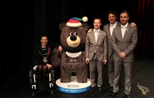 Letették az esküt a téli paralimpiai és olimpiai játékokra induló sportolók