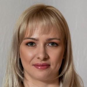 Dr. Mező Boglárka